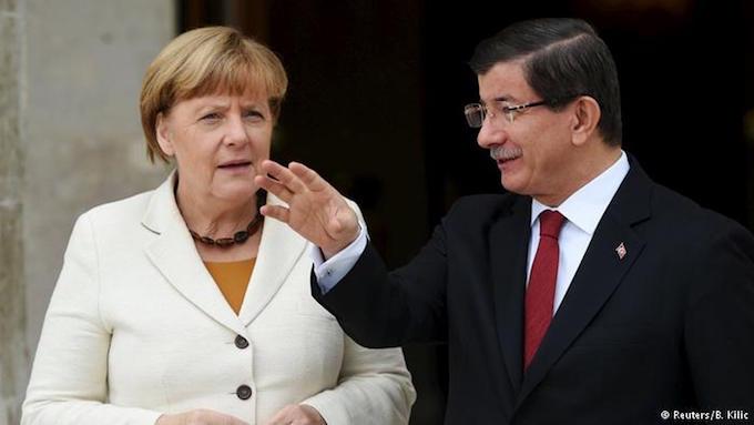 Меркель пообещала ускорить вступление Турции вЕС