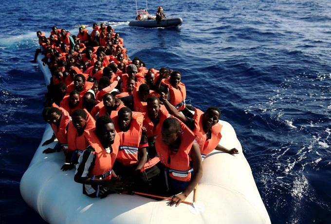 ВСредиземном море спасли неменее 2-х тыс. мигрантов