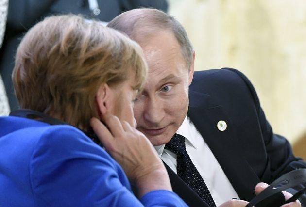 Меркель сообщила одоказательствах намеренных бомбардировок клиник вСирии