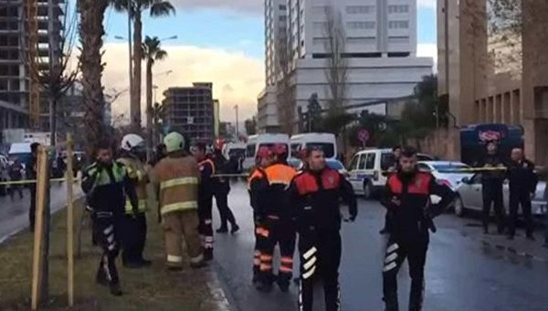 Турецкие власти обвинили РПК вовзрыве вИзмире