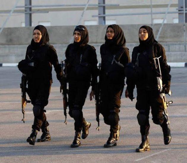 Втурецкой армии женщинам разрешили носить хиджаб