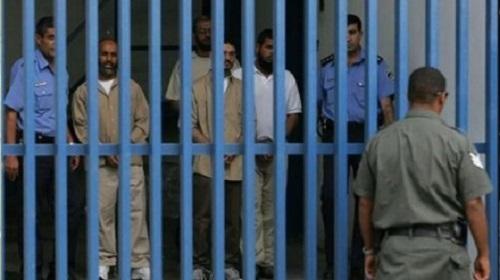 Втюрьмах Израиля закончили голодовку неменее 1,5 тысячи палестинцев