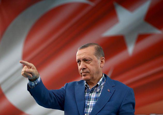 Эрдоган назвал курдов друзьями, атеррористов— противниками