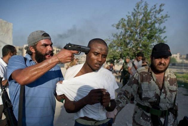 ЕСистраны Африки эвакуируют практически 4 тысячи беженцев изЛивии