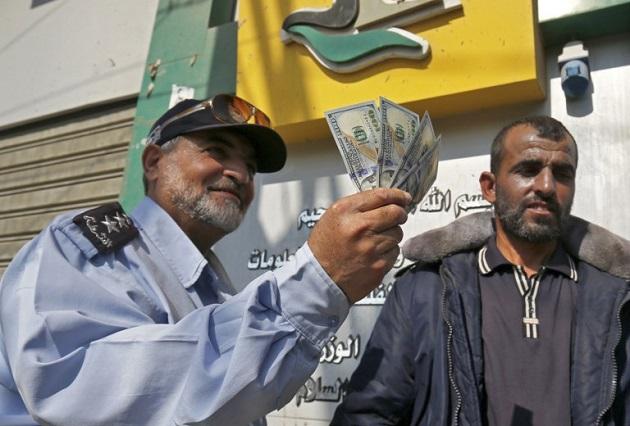 Картинки по запросу хамас катарские деньги