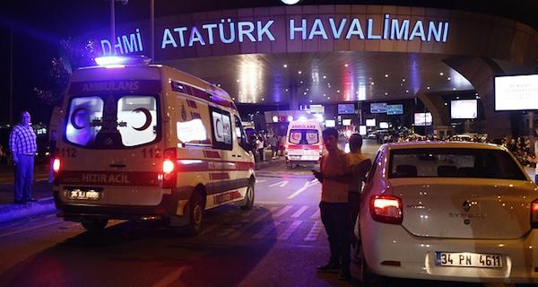 Авторское:  Взрывы в Стамбуле: кто за ними стоит?