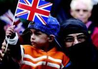В Великобритании проживает около 100 тыс коренных жителей, принявших ислам