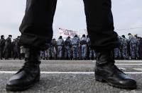 Крым: Представители милиции пугают мусульман Доброго боевой мощью в 65 тысяч военнослужащих