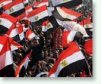 Демонстранты на Тахрире хотят двинуться к госпиталю, где лежит Мубарак