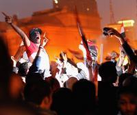 Сотни тысяч египтян отпраздновали отставку Мубарака на площади Тахрир