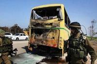 Боевики расстреляли автобус с людьми. 18 трупов