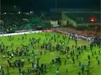 """Жертвами """"футбольных"""" беспорядков в Египте стали 40 человек, сотни людей ранены"""