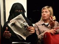 """Бельгийские националисты: """"Свобода или ислам? Осмельтесь выбрать"""""""