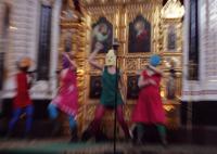 Феминистская панк-группа Pussy Riot выступила в Храме Христа Спасителя