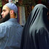 Религиозно-правовое решение в отношении человека, который трижды развёл свою жену, будучи околдованным