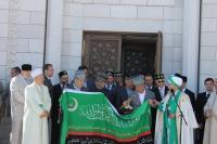 """Талгат Таджуддин:"""" Кто такую мечеть построил – пусть поставит два барса! Пусть ставит орла! Пусть что хочет - ставит! """""""