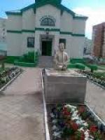 """Их нравы: памятник """"почётному муфтию"""" Галлямову Хамзе Искандаровичу"""