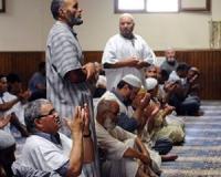 Неизвестные подкинули в мечеть Монтобана свиные головы