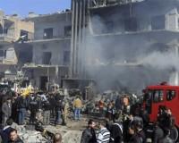 В Дамаске неизвестные взорвали бомбу и открыли огонь по людям