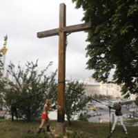 Церковь хочет просить защиты у МВД