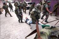 Израильские солдаты схватили в Хевроне троих детей