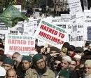 Мусульмане митингуют у офиса Google в Лондоне