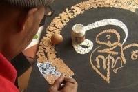 Секрет успеха: каллиграфическая вязь скорлупой от яйца