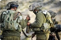 """Палестинцы отобрали оружие у сионистского солдата. Бравый """"исраэлит"""" долго менял подгузники"""