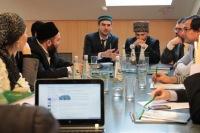 """Итоги круглого стола: """"Исламский интернет: к созидательному диалогу"""""""