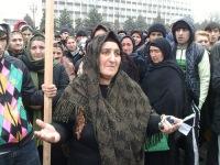 Глава Дагестана признал неэффективной работу по раскрытию убийств и похищений