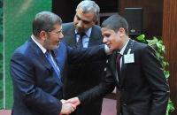 Президент Египта наградил победителей необычного конкурса чтецов Корана