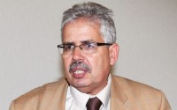 В Тунисе судят декана, который напал на двух студенток в никабах