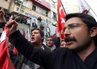 Мусульмане Турции выступили против размещения сил НАТО вблизи границы с Сирией