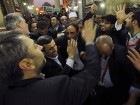 В Каире Ахмадинежада встречали ботинками