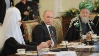 Путин обещает способствовать информационной поддержке традиционных религий в СНГ