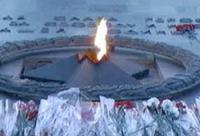 Ветерана скрутили у Вечного огня за упоминание Сердюкова, Медведева и Путина