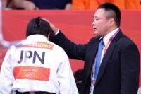 Тренер женской сборной Японии по дзюдо подвергал подопечных насилию