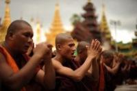 Буддийские экстремисты требуют сноса мечетей