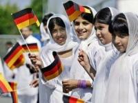 """Мусульмане """"запугали"""" половину немцев"""