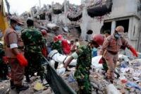 Число жертв обрушения здания в Бангладеш перевалило за 800 человека
