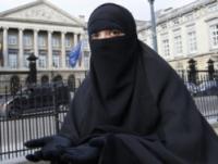 Закон о запрете ношения паранджи вступил в силу в Бельгии
