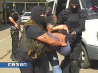 Во Владикавказе за торговлю наркотиками задержаны двое полицейских