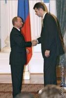 Российский олигарх Прохоров, придя в политику, навлек на себя подозрения