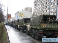 В Москву стягиваются внутренние войска и ОМОН