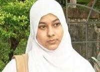 Индийская мусульманка борется за право носить хиджаб в колледже