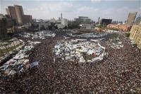 Военных Египта вынуждают отдать власть народу