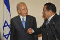 Диктатор Мубарак под охраной армии перебрался ближе к границе с «Израилем» и прячется на Синае