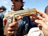 """""""Герой с золотым пистолетом"""": 18-летний юноша утверждает, что это он убил Каддафи"""