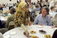 Мусульмане Огайо проводят ифтары для своих соседей-немусульман
