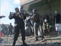 Столкновения продолжаются в Кабуле после атаки боевиков на учреждения, есть жертвы - СМИ